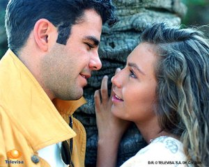 https://mariathalia.files.wordpress.com/2011/10/novela_marimar_012107_320.jpg?w=300